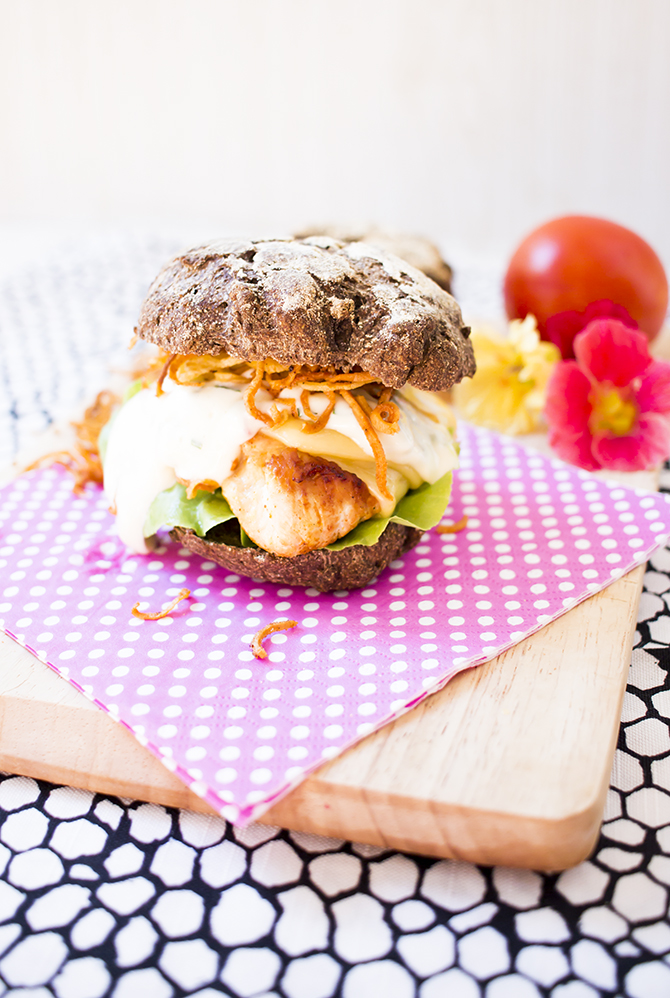 lowcarb_chickenburger3