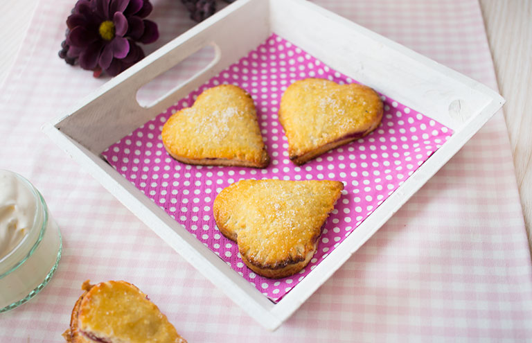 lowcarb_berry_pies