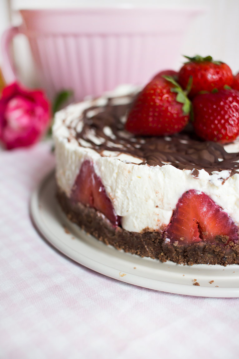 lowcarb_nobake_yogurette_torte