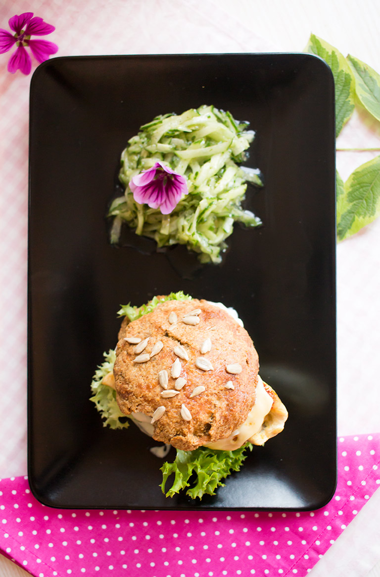 lowcarb_chicken_burger_glutenfrei